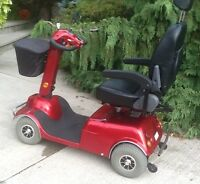 BOOMER BUGGY 4WHEEL MOBILITY SCOOTER A1 CONDITION.