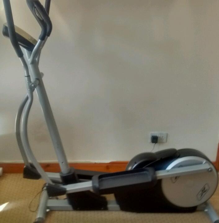 Treadmill Desk Gumtree: Crosstrainer Exercise Gym Equiyment Reebok Rev 10101
