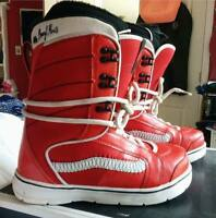 NEW VANS Off The Wall Ladies Snowboarding Boots