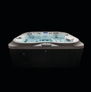 The Ultimate Backyard Sales Event. Jacuzzi Whitby J-345