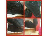 LOUBOUTIN TRAINERS SNEAKERS SIZE 8 ONLY