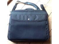 'Targus' large laptop bag