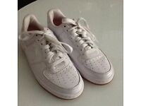 Nike air white size 4 trainers