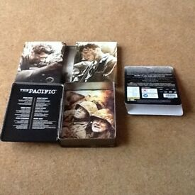 Box set of DVD The Pacific