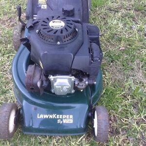 4 Stroke Lawn Mower Kurunjang Melton Area Preview