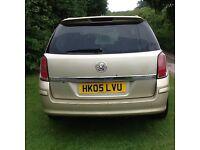 Vauxhall Astra Estate SRI CDTI 100 New mot good reliable car