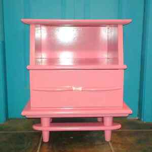 Vintage Night Stands and End Tables