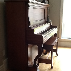Piano, solid wood