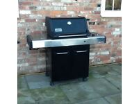 BBQ Weber Spirit premium gas BBQ 3 burner/side burner,good condition.