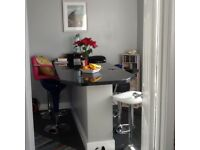 Bournemouth to Ascot,Windsor,bagshot areas 3 bed for 2bed