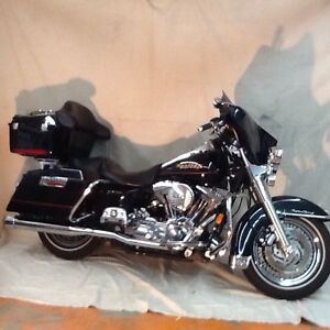 Moto Harley Davidson FLHR