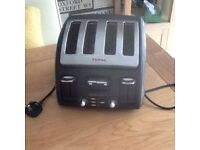 TEFAL FOUR SLICED TOASTER
