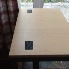 Solid desk. Excellent condition. Strong and sturdy.