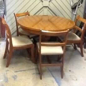 Quality Dining Table x4 chairs