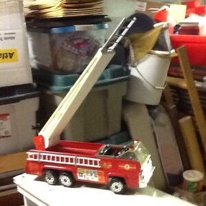 """TONKA FIRE TRUCK.  """"PICK UP ONLY"""""""