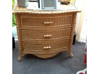 3 drawer wicker unit