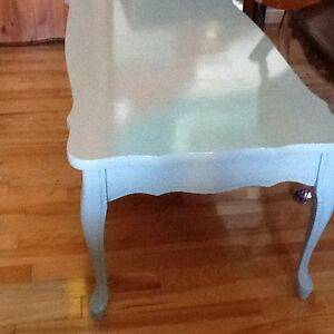 See photos coffee tables