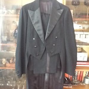 TUXEDO & TAILS with pants waistcoat style formalwear 1940's sz34
