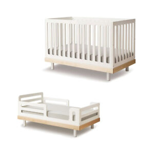 Oeuf Classic Crib with Toddler Bed Conversion Kit. (White/Birch)