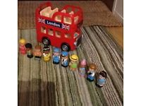 Elc London bus & 10 figures