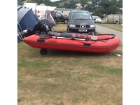Inflatable rib with engine