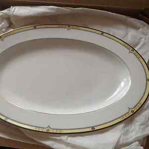 Serving White platter with box