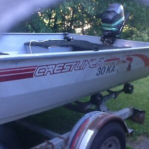 BOAT WITH BIMINI TOP, TRAILER AND MOTOR