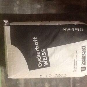 Weisszement Dyckerhoff CEM 52,5 R 19,00 Euro/ 25,0 kg Sack Inkl. Versand.