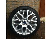 Ford Focus zetec s alloys