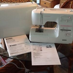Kenmore Limited Edition 17 Stitch Sewing Machine