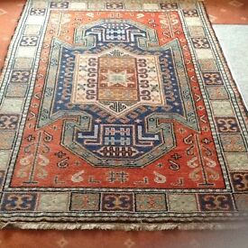 Rug, wool , hand knotted
