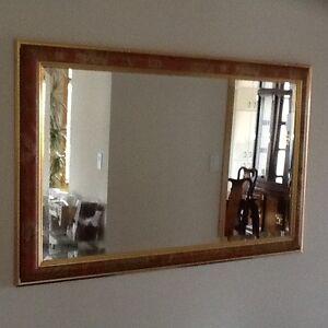 "Decorative Mirror 40/1/2 "" x 26 1/2 "" West Island Greater Montréal image 1"