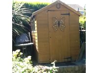 Garden Shed 5' X 7' for sale complete with roll of roofing felt. Buyer to dismantle and collect.