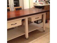 Kitchen table/island