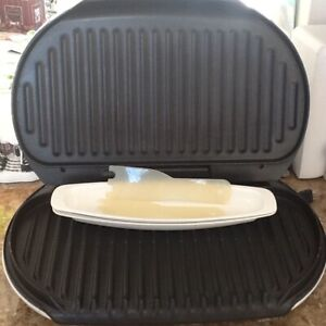 George Foreman family 9 serving grill great condition with timer