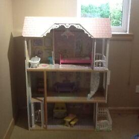 KIDKRAFT 3 STOREY DOLLS HOUSE