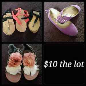 Girls size 12 shoes Craigmore Playford Area Preview
