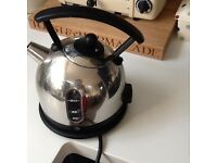 Dualit kettle, stainless steel and black, £10