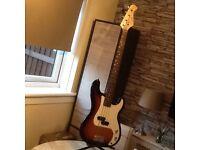 Bass guitar Gould