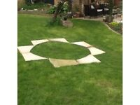 COTSWOLD PAVING SLABS MAKING A CIRCLE OR RADIUS AS REQUIRED