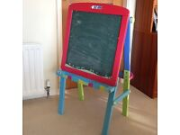 Childs Blackboard/ Drawing/Painting Easil