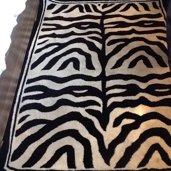 Black Cream Zebra Print Rug