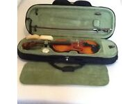 Universal 1/2 Size Stradivari Copy With Case / Bow