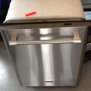 (SOLD) Maytag Model MDB5969SDM1 Tall Tub S/S Dishwasher