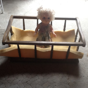 BED FOR DOLL