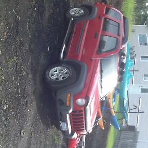 2004 Jeep Liberty Sport SUV, Crossover