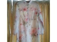 Zara ladies floral shirt/tunic size M roll up sleeves