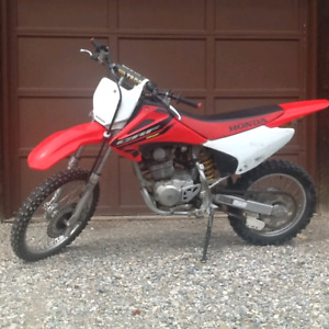 Selling 2004 Honda crf150f