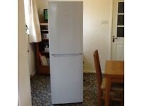Hot point fridge/freezer(FUFM181)3years old in good working order with air tech evolution