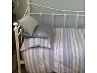 Bedstead single white metal